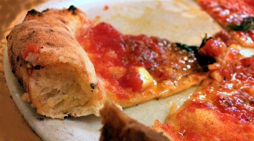 non mangiare il cornicione della pizza