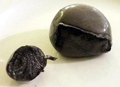 mozzarella al carbone vegetale
