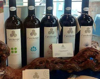 l'archetipo Lorenzo Tuffanelli bottiglie