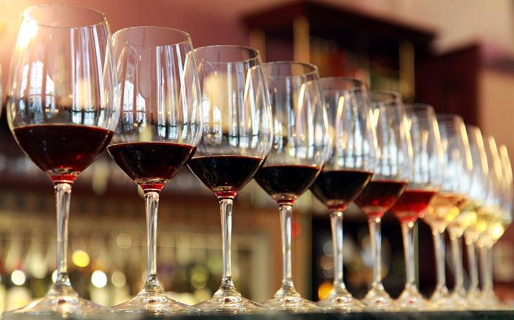 """Il vino """"naturale"""" e la paura di essere liberi calici"""