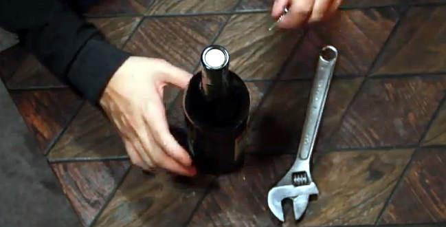 frullatura della bottiglia chiave inglese