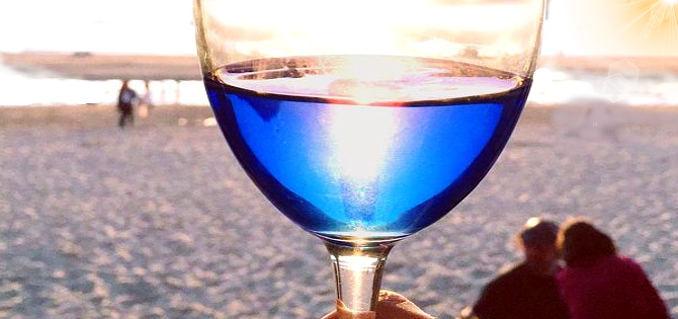 vino blu mare