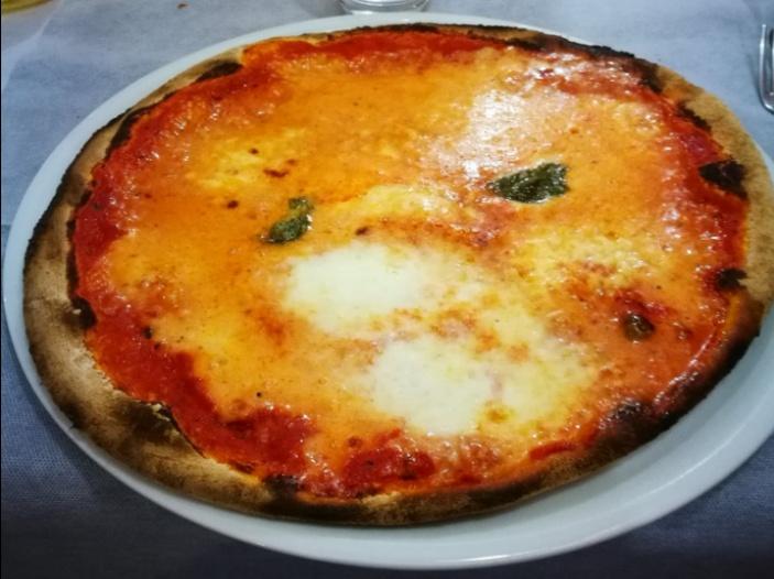 pizza morbida e croccante pizza
