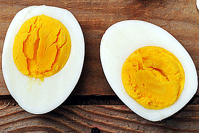 due uova molto sode uova