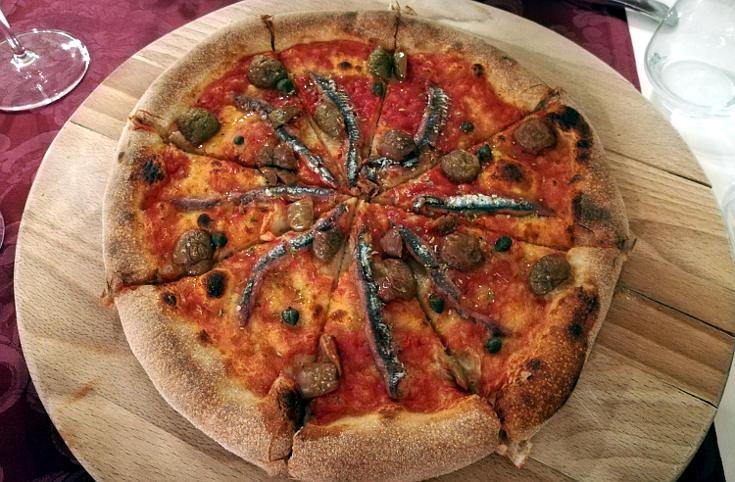 non mangio carne e non bevo vino pizza