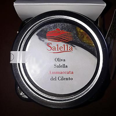 Oliva salella ammaccata del Cilento tappo presidio slow food