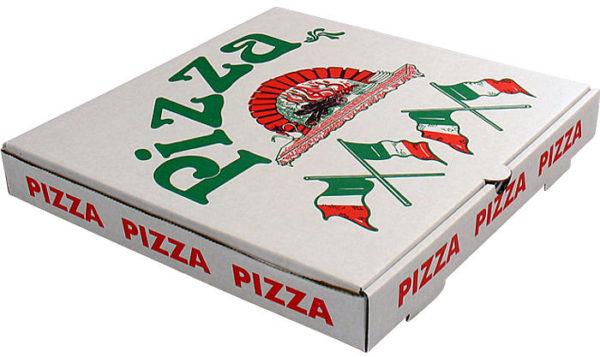 la pizza non deve mai arrivare nel piatto già tagliata contenitore