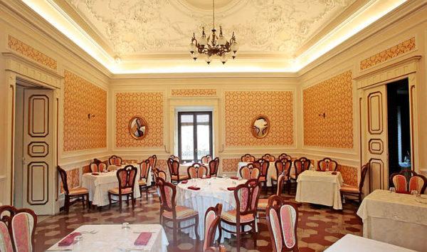ristorante settecento palazzolo acreide sala
