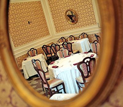 ristorante settecento palazzolo acreide sala in dettaglio