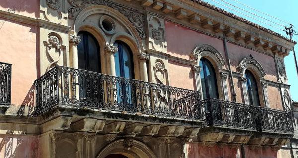 vicoli e sapori 2018 Palazzolo Acreide balconata