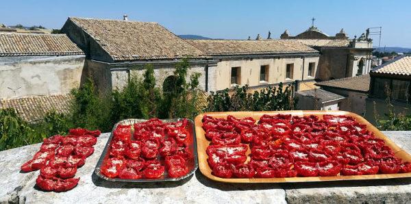 vicoli e sapori 2018 Palazzolo Acreide pomodori al sole