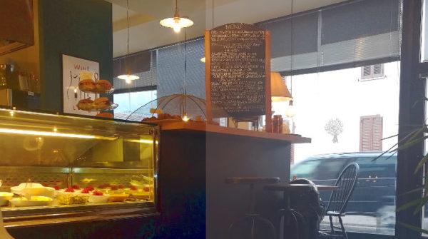 Sale e pepe ristobar Orvieto interno bancone cibi pronti per pranzo