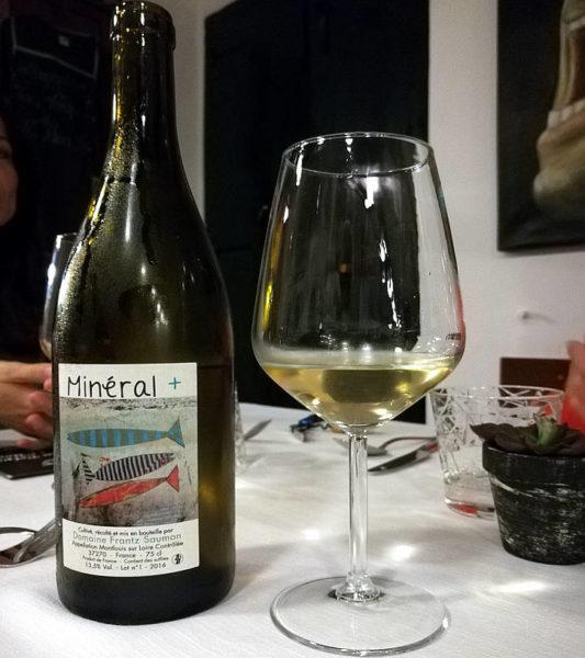 Mineral + 2016 domaine Frantz Saumon bottiglia e calice chenin