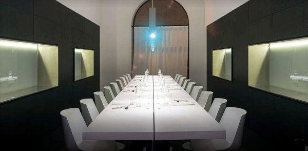 ristorante tamo a spoltore tavolo in condivisione interno ristorante
