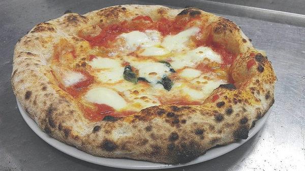 Elio Santosuosso intervista al pizzaiolo la margherita
