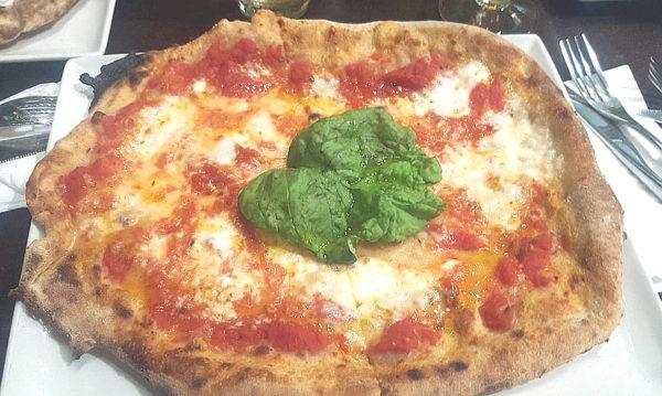 andrea giordano pizzeria lievito 72 trani pizza margherita
