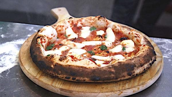 sesto Campionato Nazionale Pizza DOC Nocera inferiore pizza margherita canottiere