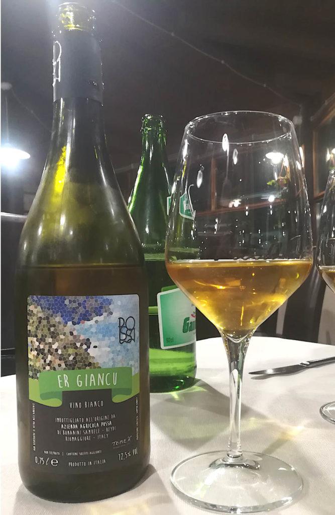 Er Giancu Azienda Agricola Possa calice e bottiglia