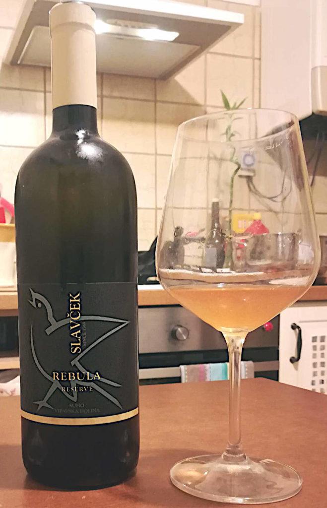 Rebula Reserva 2015 Slavček calice e bottiglia