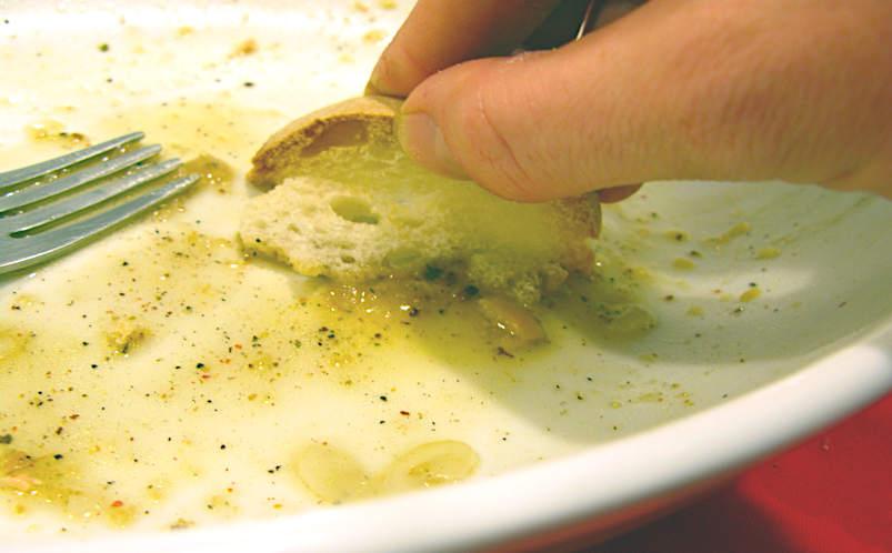 Apoteosi della scarpetta piatto con salsa