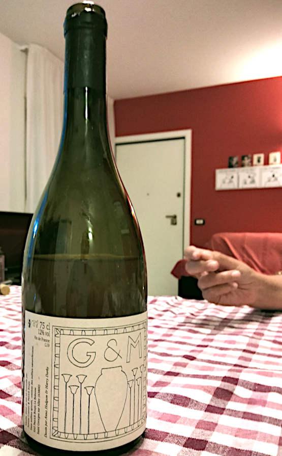 G & M 2019 Domaine de La Bohème di Patrick Bouju bottiglia con mano